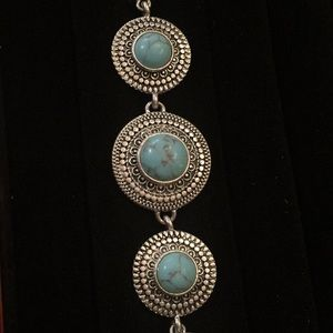 Jewelry - Stunning turquoise and silver bracelet